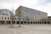 Campus Est di Lugano-Viganello corte 3